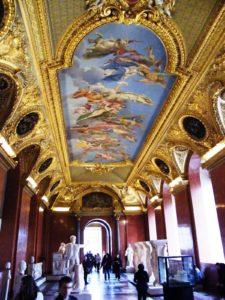 Im Louvre, Paris