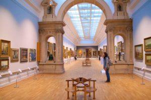 Ausstellungsräume im Louvre, Paris