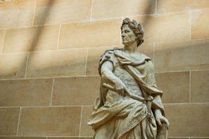 Römische Kaiserstatue, Louvre, Paris